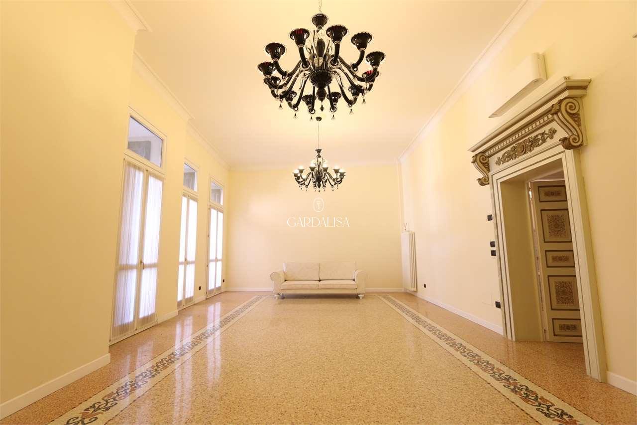 """Appartamento in """"stile Veneziano"""" a Verona"""