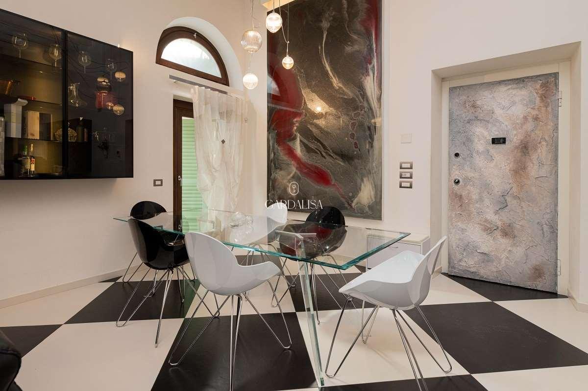 Prestigious apartment in Verona old town